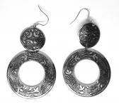 circle-earrings with oriental embellishment